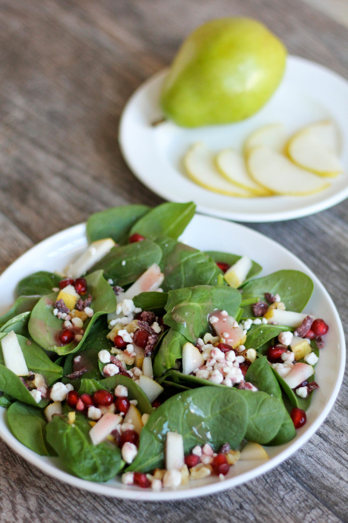 Spinach Salad with Pear, Pomegranate, and Goat Cheese. #yum #produce # ...