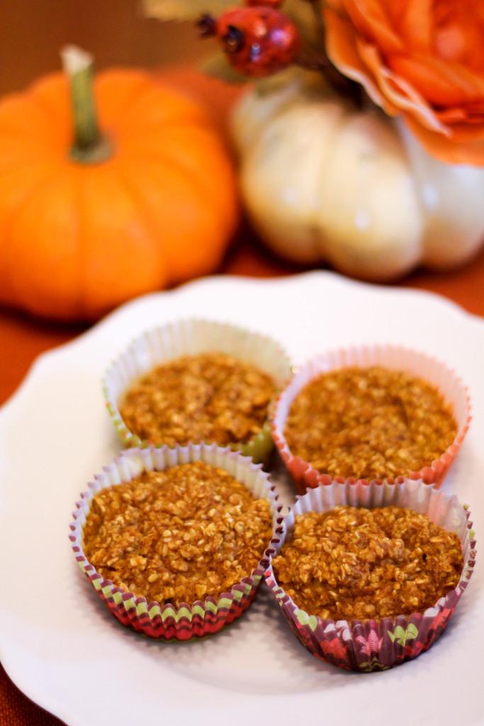 Pumpkin Spice Baked Oatmeal Cups   RunEatSnap